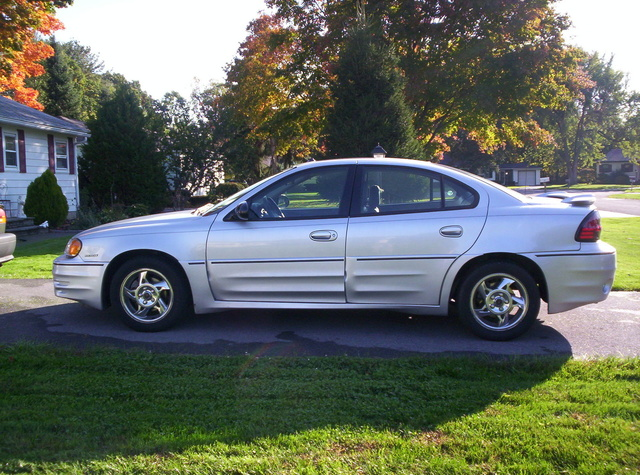 2004 pontiac grand am pictures cargurus. Black Bedroom Furniture Sets. Home Design Ideas