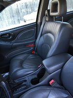 Picture of 2002 Pontiac Bonneville SLE, interior