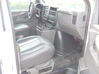 Picture of 2004 GMC Savana 3500 SLE Passenger Van, gallery_worthy