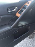 Picture of 2011 Nissan Murano LE, interior