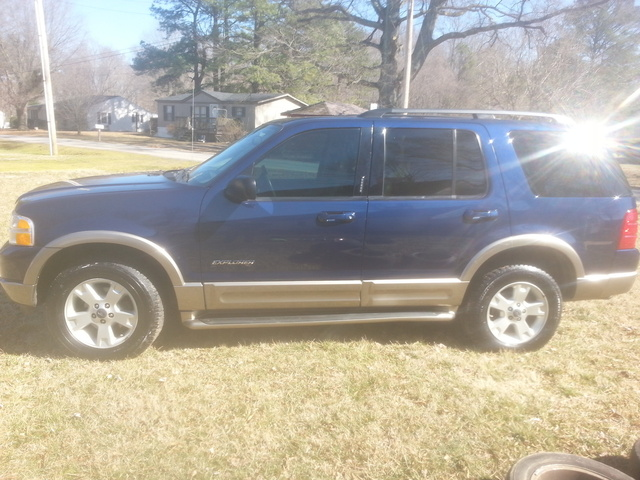 Picture of 2004 Ford Explorer Eddie Bauer V8 4WD, exterior, gallery_worthy