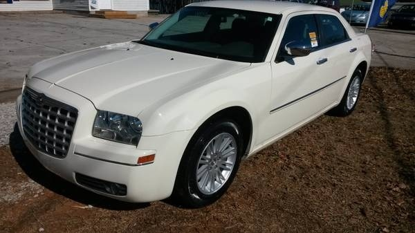 Picture of 2010 Chrysler 300 Touring, exterior, gallery_worthy