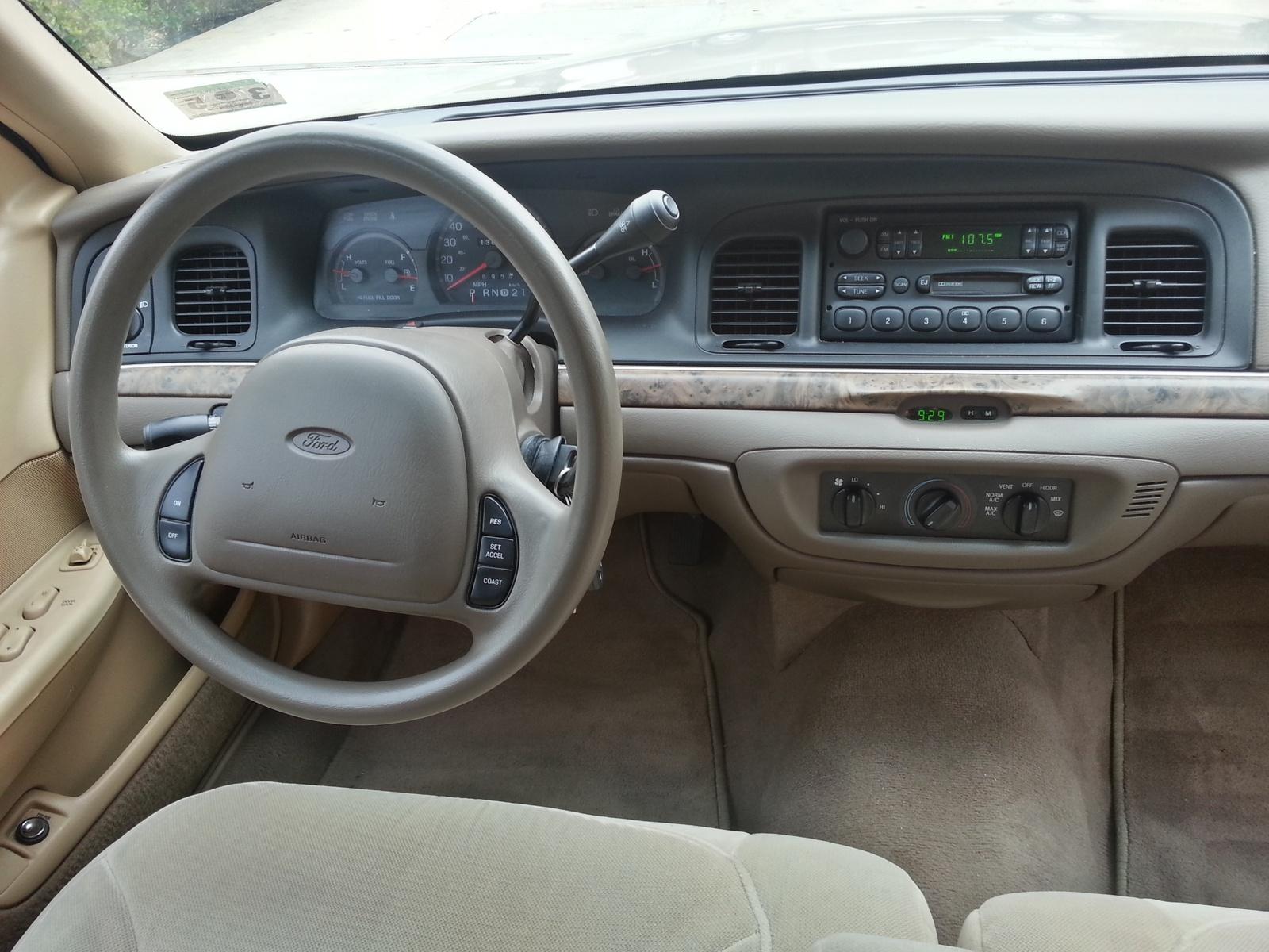 1998 Ford Crown Victoria Interior Pictures Cargurus