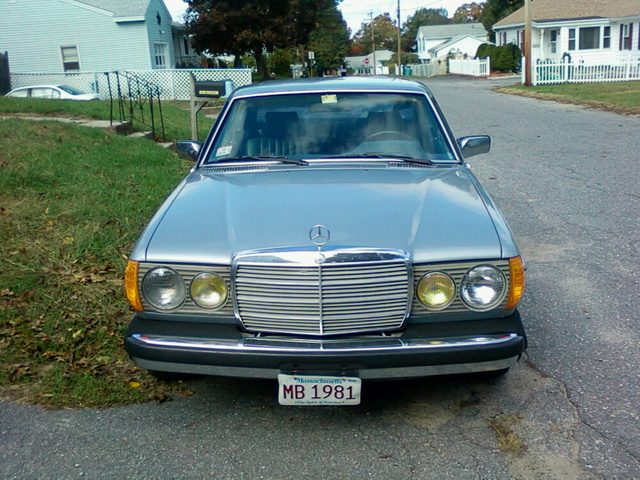 Picture of 1981 Mercedes-Benz 300-Class 300CD Diesel Coupe