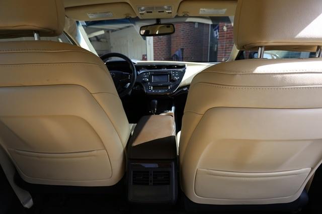 2013 Toyota Avalon Touring Interior