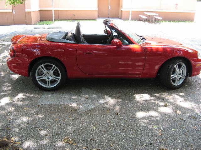2005 Mazda MX-5 Miata