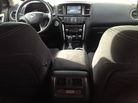 Picture of 2013 Nissan Pathfinder SV, interior
