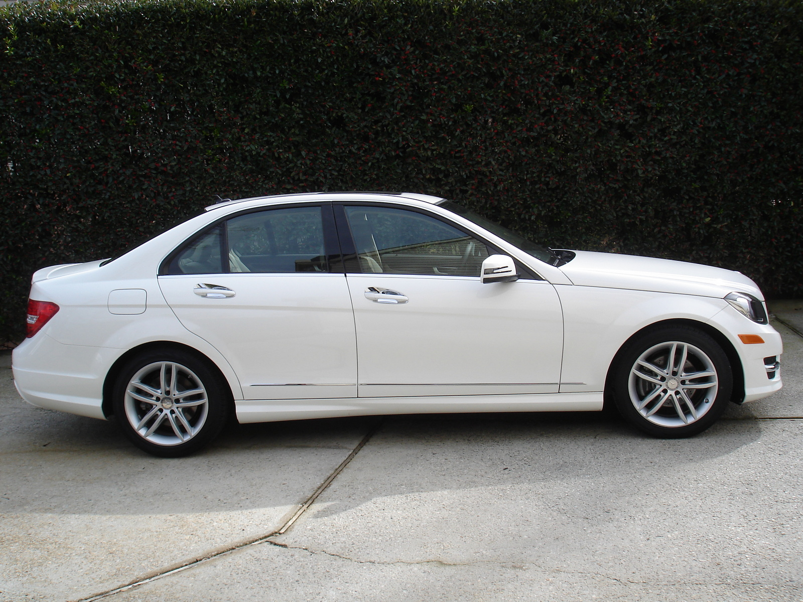 picture of 2014 mercedes benz c class c250 sport