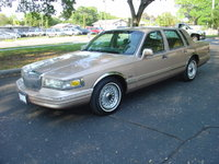 Picture of 1996 Lincoln Town Car Executive, exterior