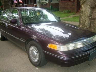 Picture of 1996 Ford Crown Victoria