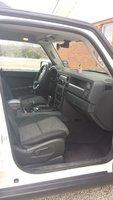 Picture of 2010 Jeep Commander Sport, interior