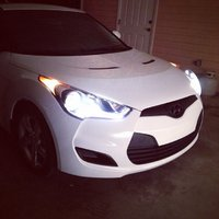 Picture of 2014 Hyundai Veloster Base