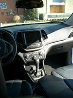 Picture of 2014 Jeep Cherokee Limited, interior