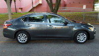 Picture of 2013 Nissan Altima 2.5 S
