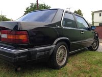 1990 Volvo 780 Picture Gallery