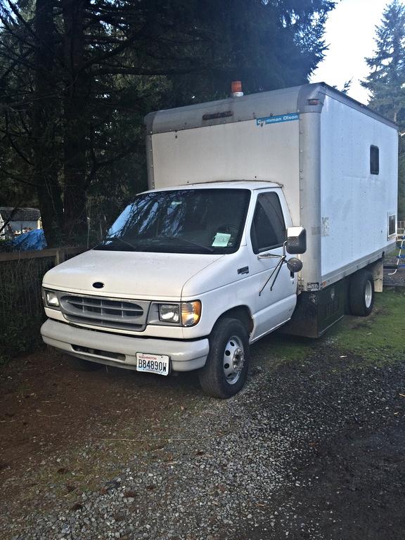 Ford E Std Econoline Cargo Van Pic