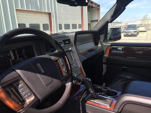 Lincoln Navigator L Wd Pic X