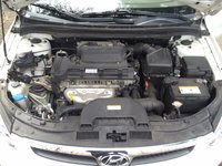 Picture of 2010 Hyundai Elantra Touring SE, engine, gallery_worthy