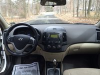 Picture of 2010 Hyundai Elantra Touring SE, interior, gallery_worthy