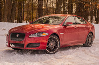 2015 Jaguar XF Picture Gallery