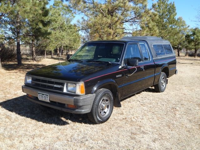 Picture of 1986 Mazda B2000