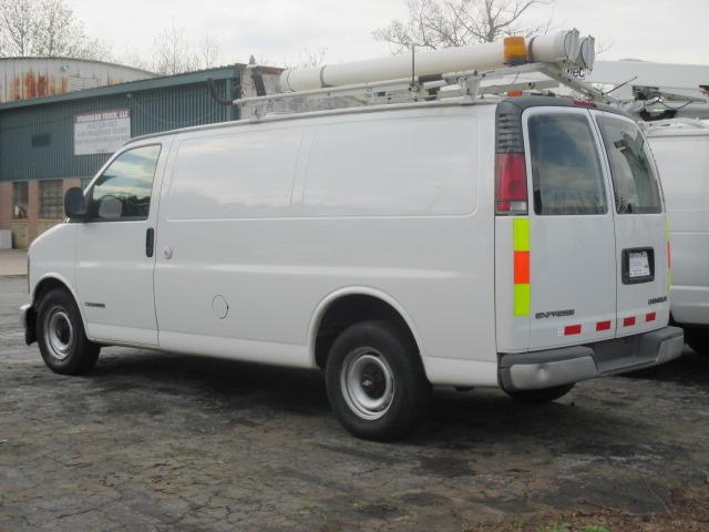 Picture of 2000 Chevrolet Express Cargo 3 Dr G2500 Cargo Van