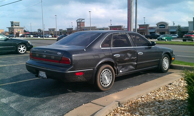 Picture of 1994 Infiniti Q45 4 Dr A Sedan