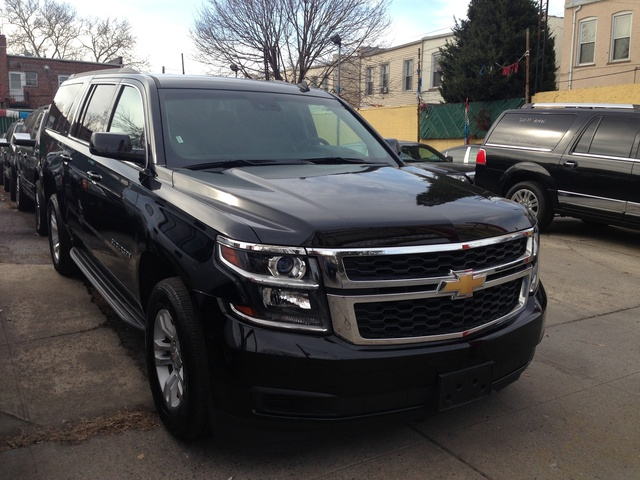 2014 chevrolet suburban pictures cargurus. Black Bedroom Furniture Sets. Home Design Ideas