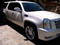 Picture of 2014 Cadillac Escalade ESV Platinum Edition AWD