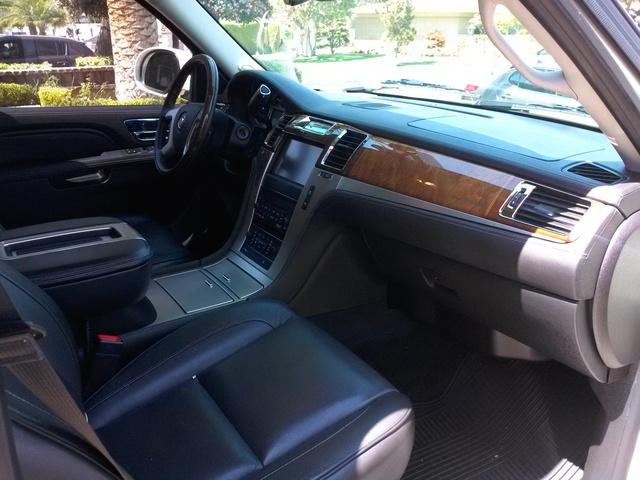 2014 Cadillac Escalade Esv Interior Pictures Cargurus