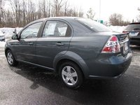 2010 Chevrolet Aveo LT, PW  AM/FM Stereo  CD (Multi Disc, exterior