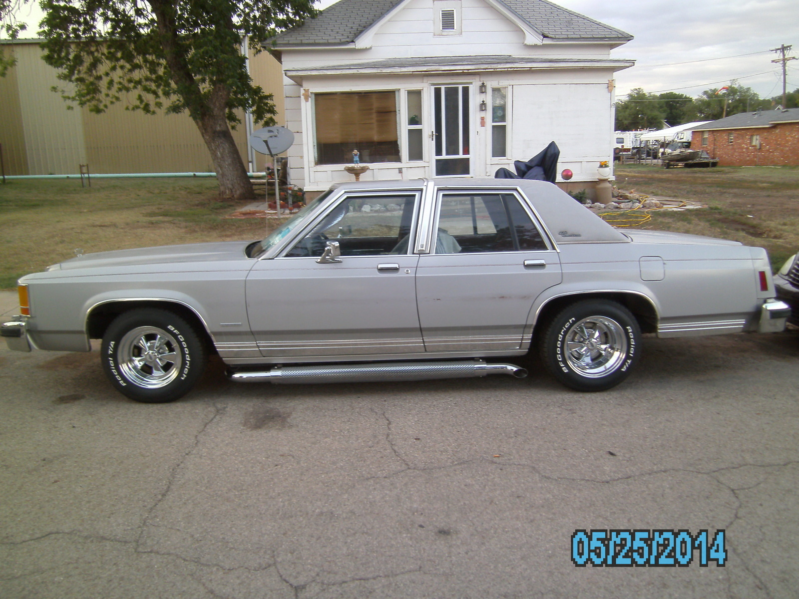 1978 Chevrolet Caprice Overview Cargurus 1980 Ford Crown Victoria Coupe