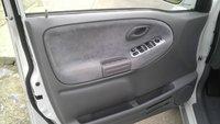 Picture of 2003 Suzuki Grand Vitara 4WD SUV, interior