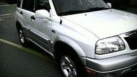 2003 Suzuki Grand Vitara Picture Gallery