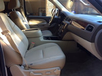 Picture of 2013 Chevrolet Tahoe LS, interior