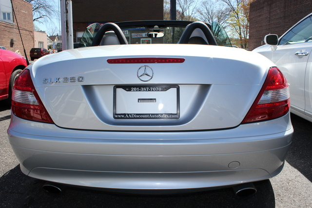 2005 mercedes benz slk class pictures cargurus. Black Bedroom Furniture Sets. Home Design Ideas