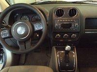 Picture of 2013 Jeep Compass Latitude, interior