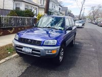 2000 Toyota RAV4 Picture Gallery