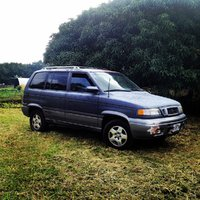 1998 Mazda MPV Picture Gallery