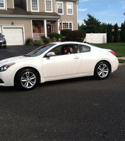 Picture of 2011 Nissan Altima Coupe 2.5 S