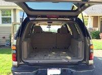 Picture of 2005 Chevrolet Tahoe LS, interior