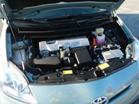 Picture of 2012 Toyota Prius Four, engine