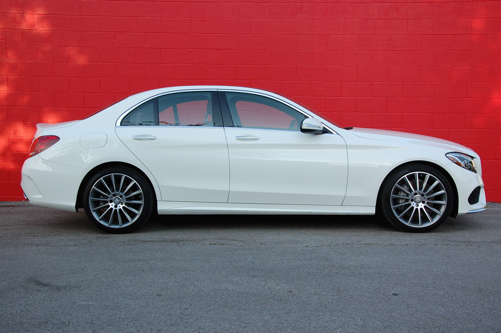 How much will the c400 mercedes cost in canada 2014 2017 for How much is a 2014 mercedes benz