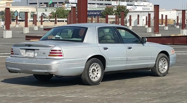 1999 Ford Crown Victoria  CarGurus