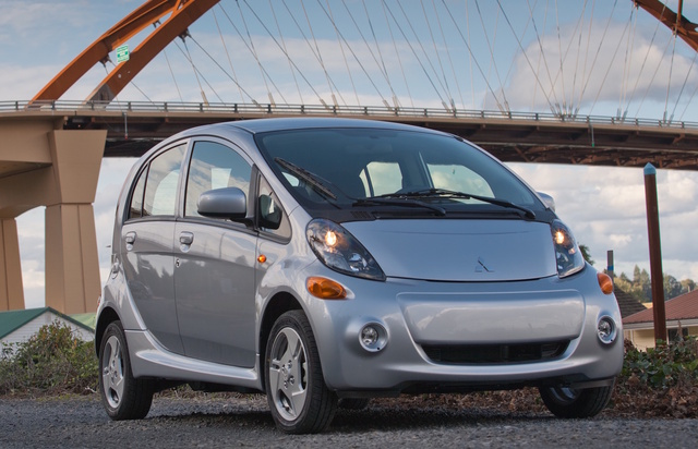 2016 Mitsubishi i-MiEV, Front-quarter view, exterior, manufacturer