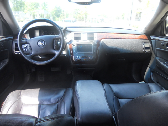 Cadillac Dts Luxury Iii Pic X on 2009 Cadillac Dts Convertible