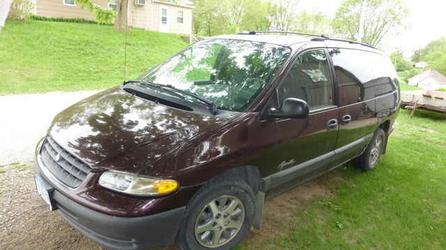 Picture of 1996 Plymouth Grand Voyager 3 Dr SE Passenger Van Extended