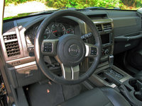 Picture of 2011 Jeep Liberty Limited, interior, gallery_worthy