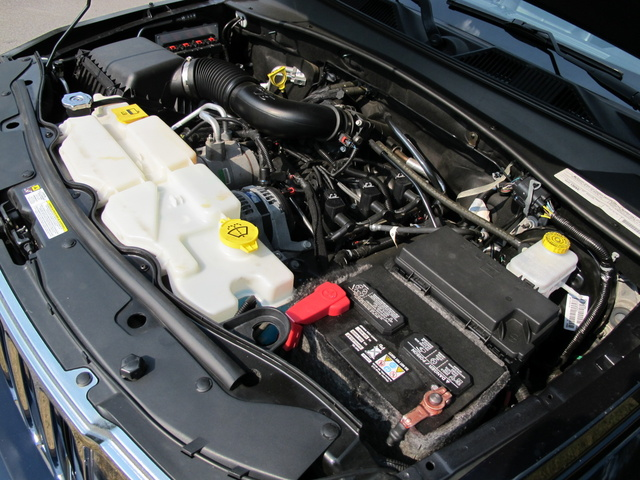 Picture of 2011 Jeep Liberty Limited, engine, gallery_worthy
