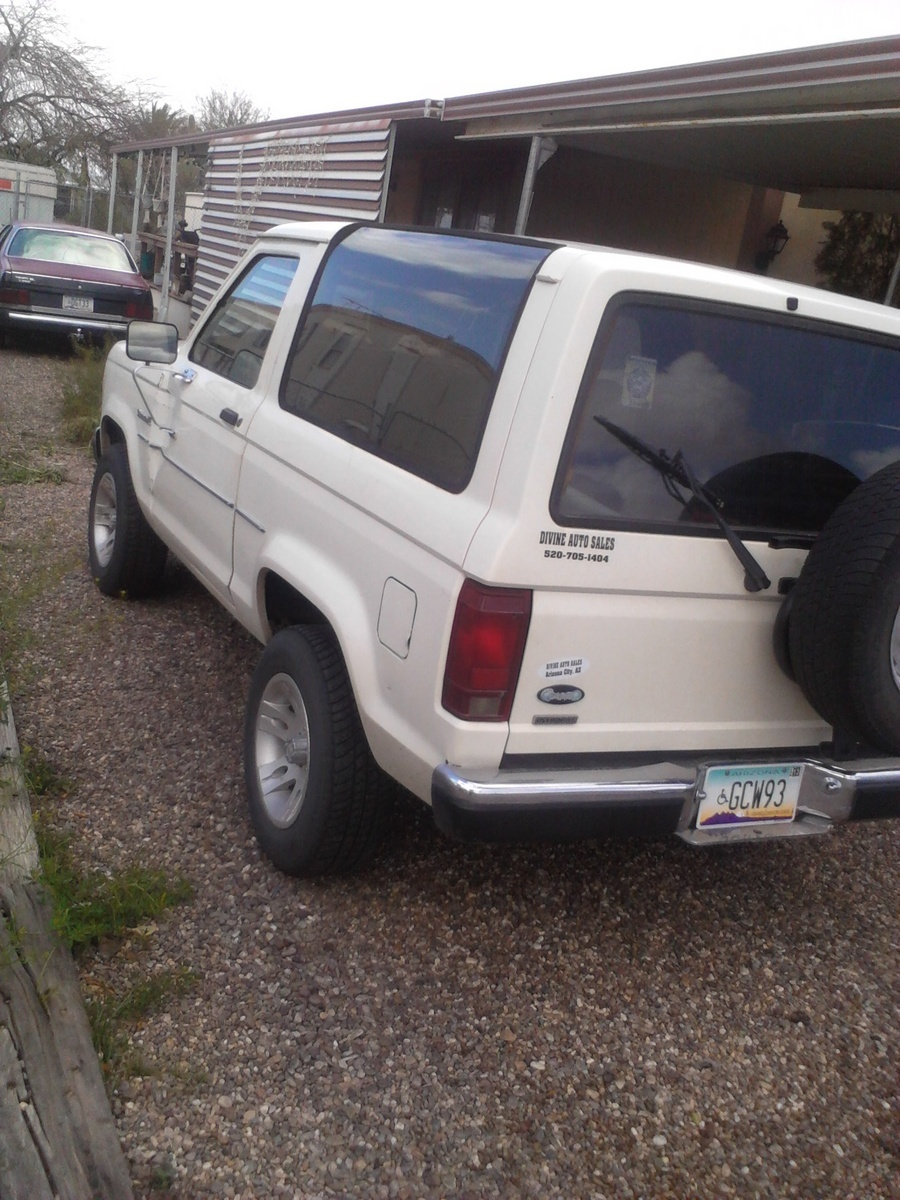 I Am Restoring A 86 Ford Bronco Ii 2 9 Fuel Injected It Hasn T Run For Years There Is No Fuel Presure I Checked Both